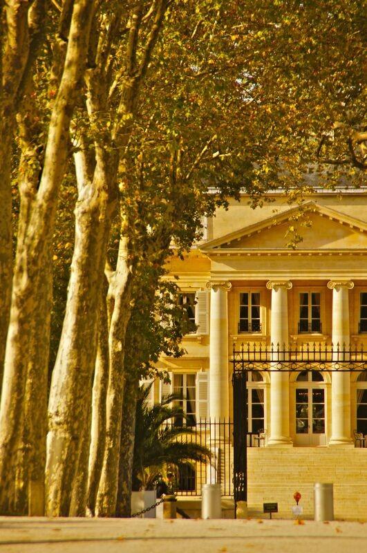 Bordeaux linkes Ufer